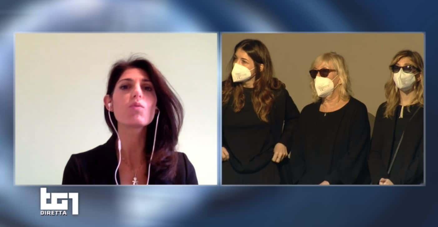 Virginia Raggi per l'ultimo saluto a Gigi Proietti : Roma non lo dimentica