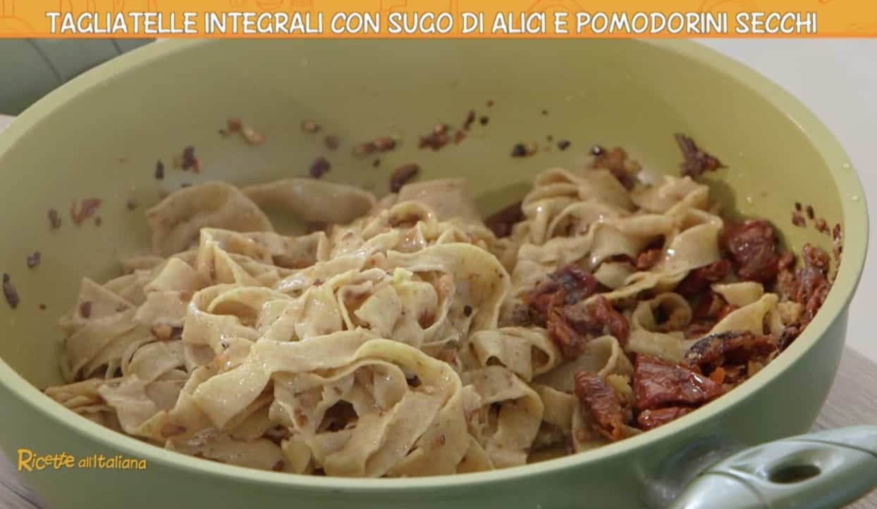Ricetta Anna Moroni: tagliatelle integrali con sugo di alici, le Ricette all'italiana