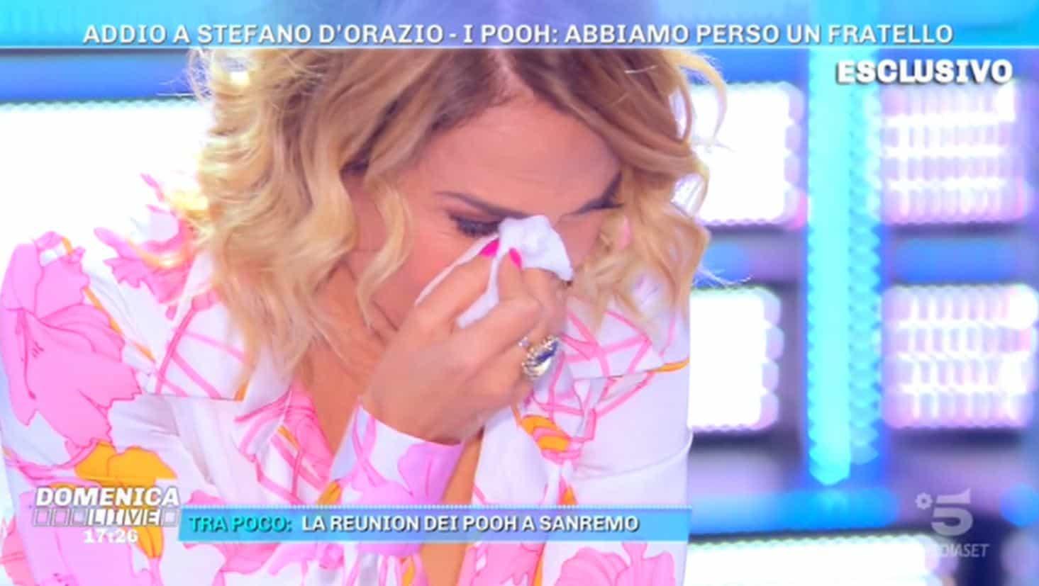 Barbara d'Urso in lacrime ricorda Stefano d'Orazio da Domenica Live