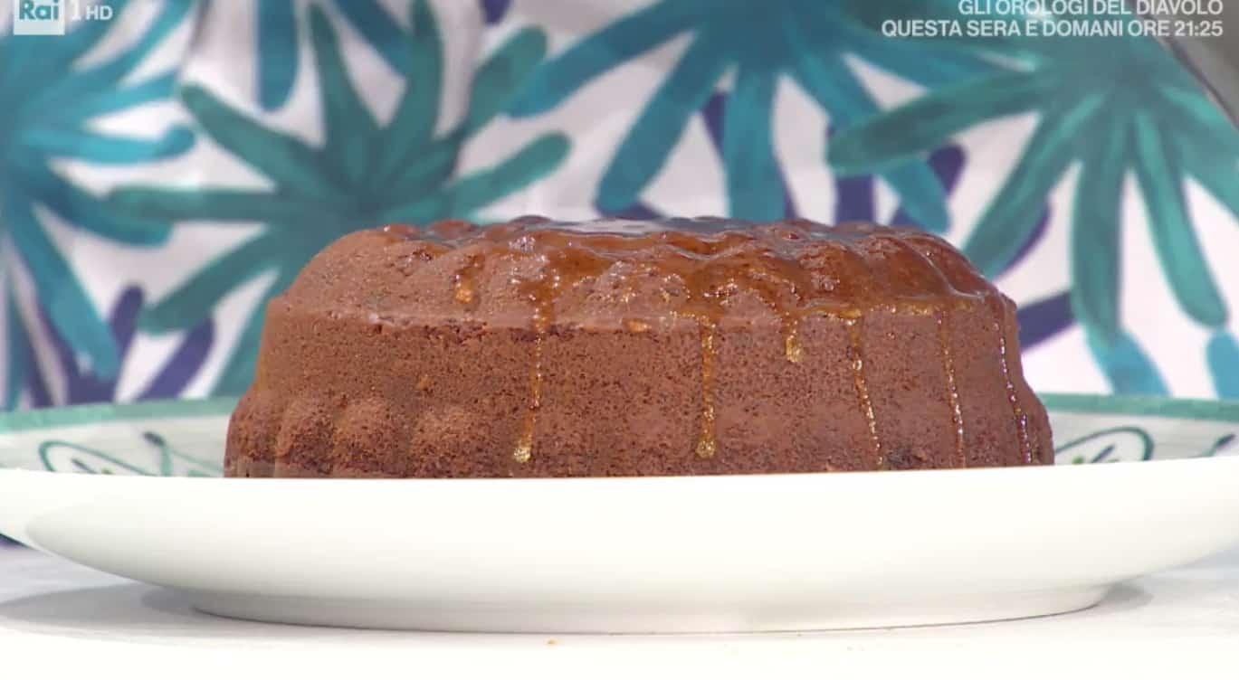 Torta integrale al miele di zia Cri, la ricetta dolce di oggi per E' sempre mezzogiorno (Foto)