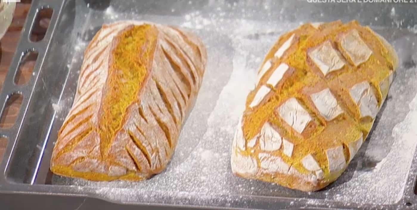 Pane con curcuma e semi di lino, la ricetta di Fulvio Marino di oggi per E' sempre mezzogiorno