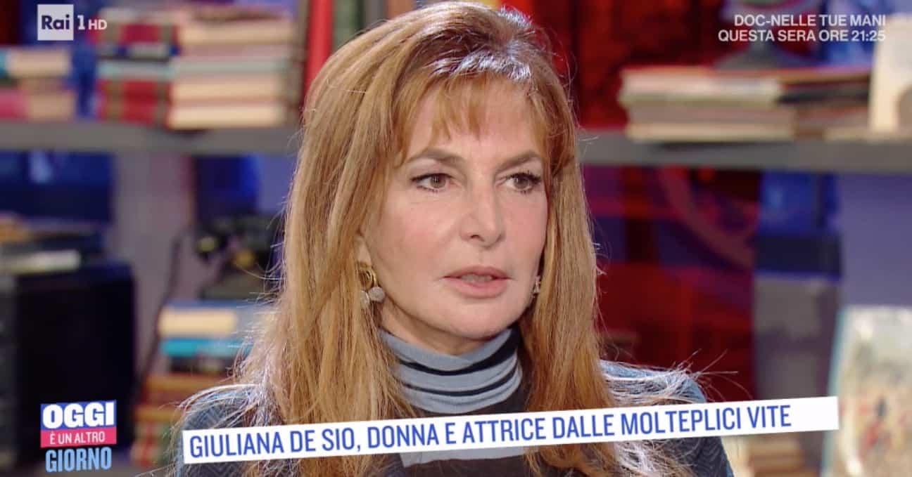 Giuliana De Sio, l'infanzia difficile vissuta con la madre infelice e alcolizzata (Foto)