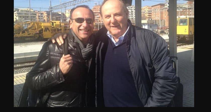 Lo scambio di messaggio tra Gerry Scotti e Carlo Conti in ospedale per farsi forza