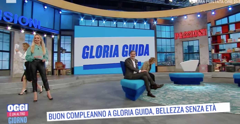 Gloria Guida non vede sua mamma da un anno, oggi è il suo compleanno ma non è un bel giorno (Foto)
