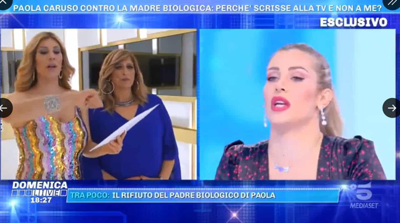 """Paola Caruso a Domenica Live: """"Mia madre pensava solo ai soldi, followers e sponsor"""""""
