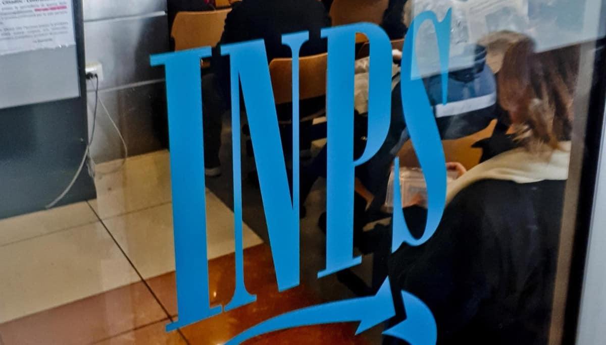Pensioni dicembre 2020 e tredicesima: quando arriva il pagamento dell'Inps