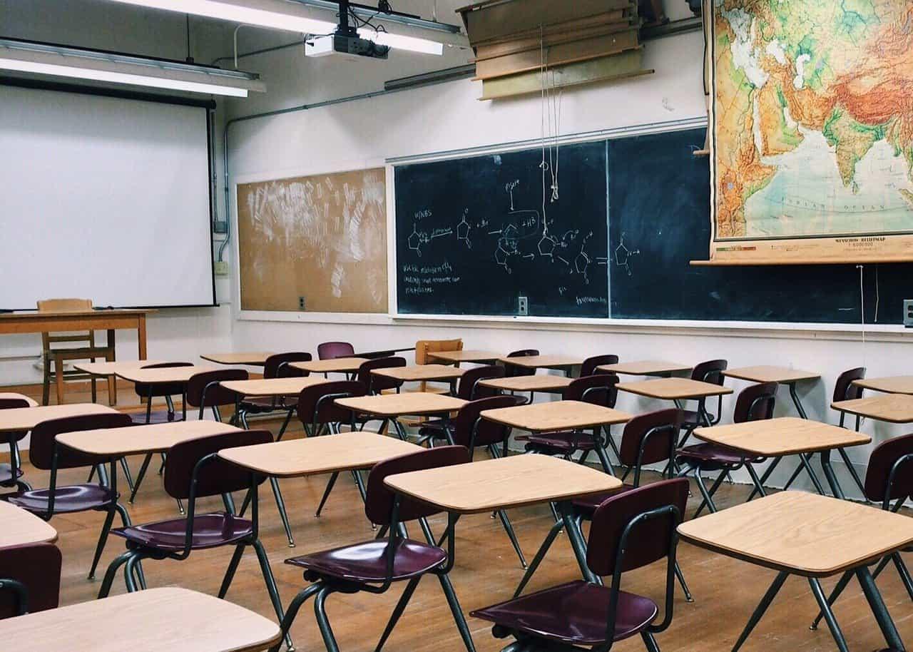 Riapertura scuole in presenza: tutte le ipotesi al vaglio del Governo