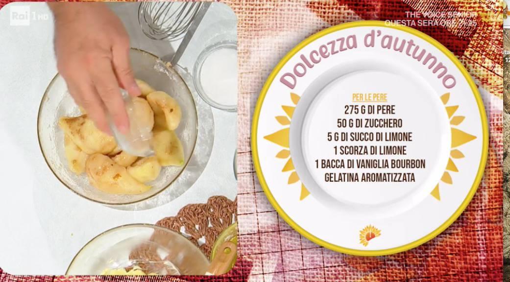 Dolcezza d'autunno, torta con le pere di Sal De Riso: ricette E' sempre mezzogiorno