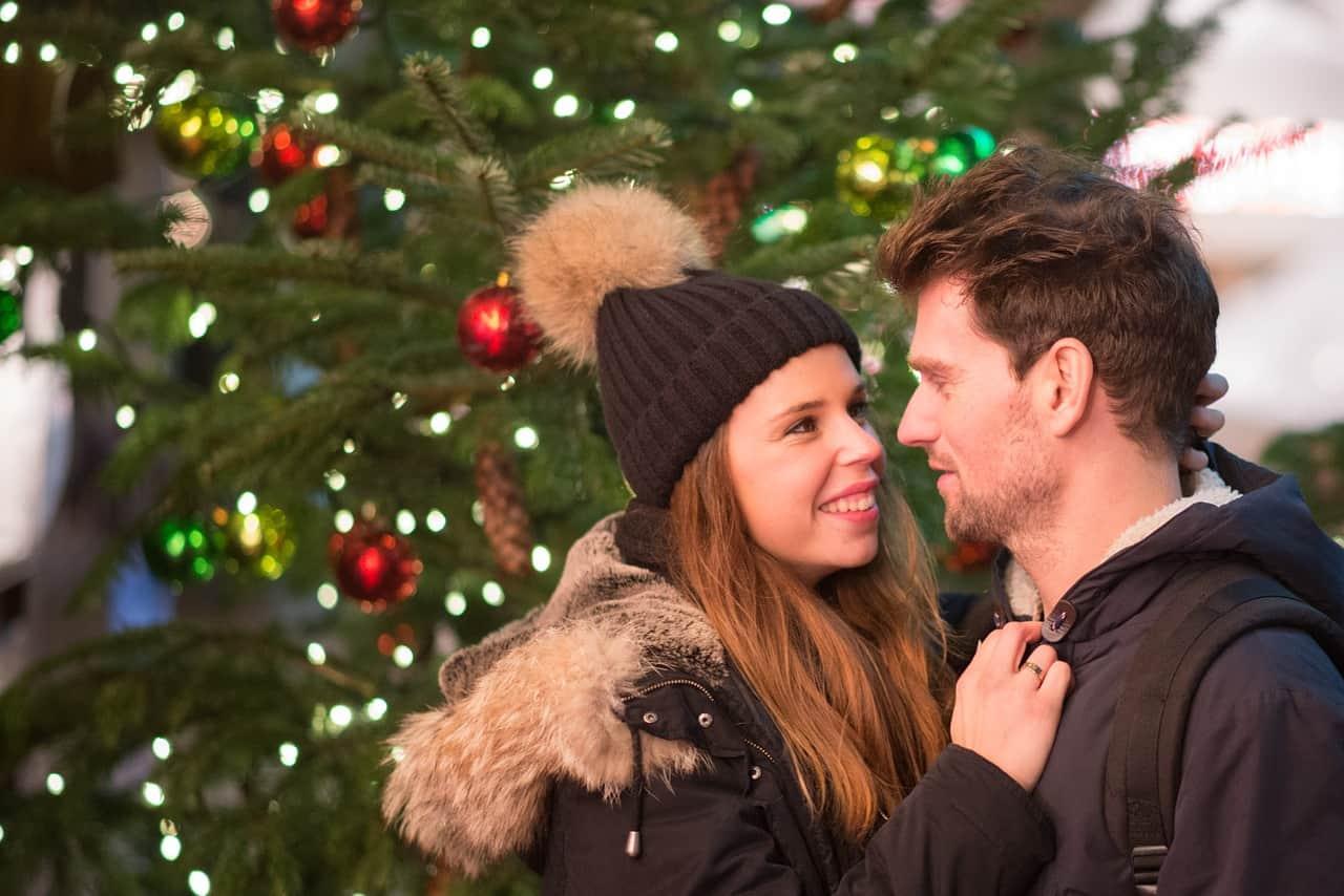 Natale e Capodanno, vietato muoversi tra comuni: la decisione del Governo