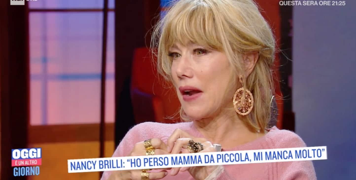 """Nancy Brilli: """"Cerco di essere per Francesco la mamma che avrei voluto"""" (Foto)"""