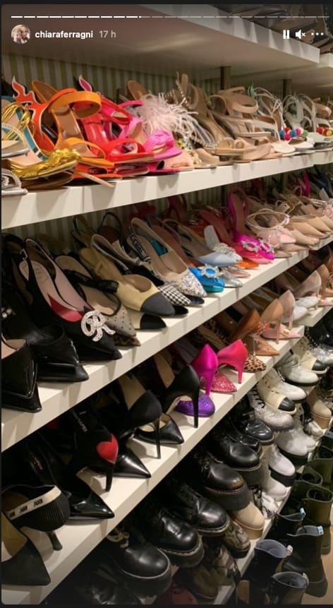 Chiara Ferragni e Fedez riordinano le scarpe nelle nuove scarpiere, un sogno per tutte (Foto)