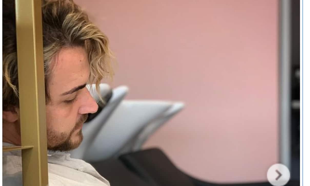 Il padre di Valerio Scanu in semi terapia intensiva, il cantante non ha sue notizie