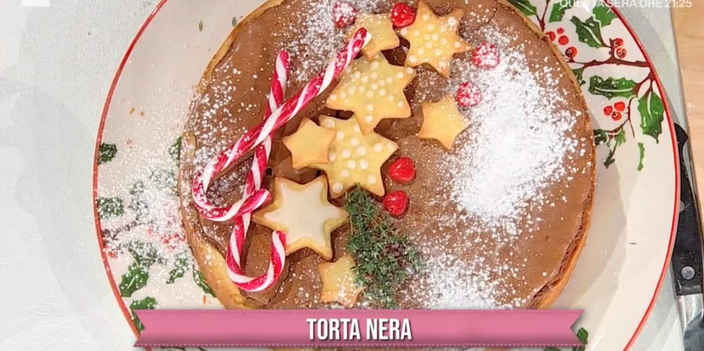 Torta nera di Natalia Cattelani, ricette dolci di Natale per E' sempre mezzogiorno
