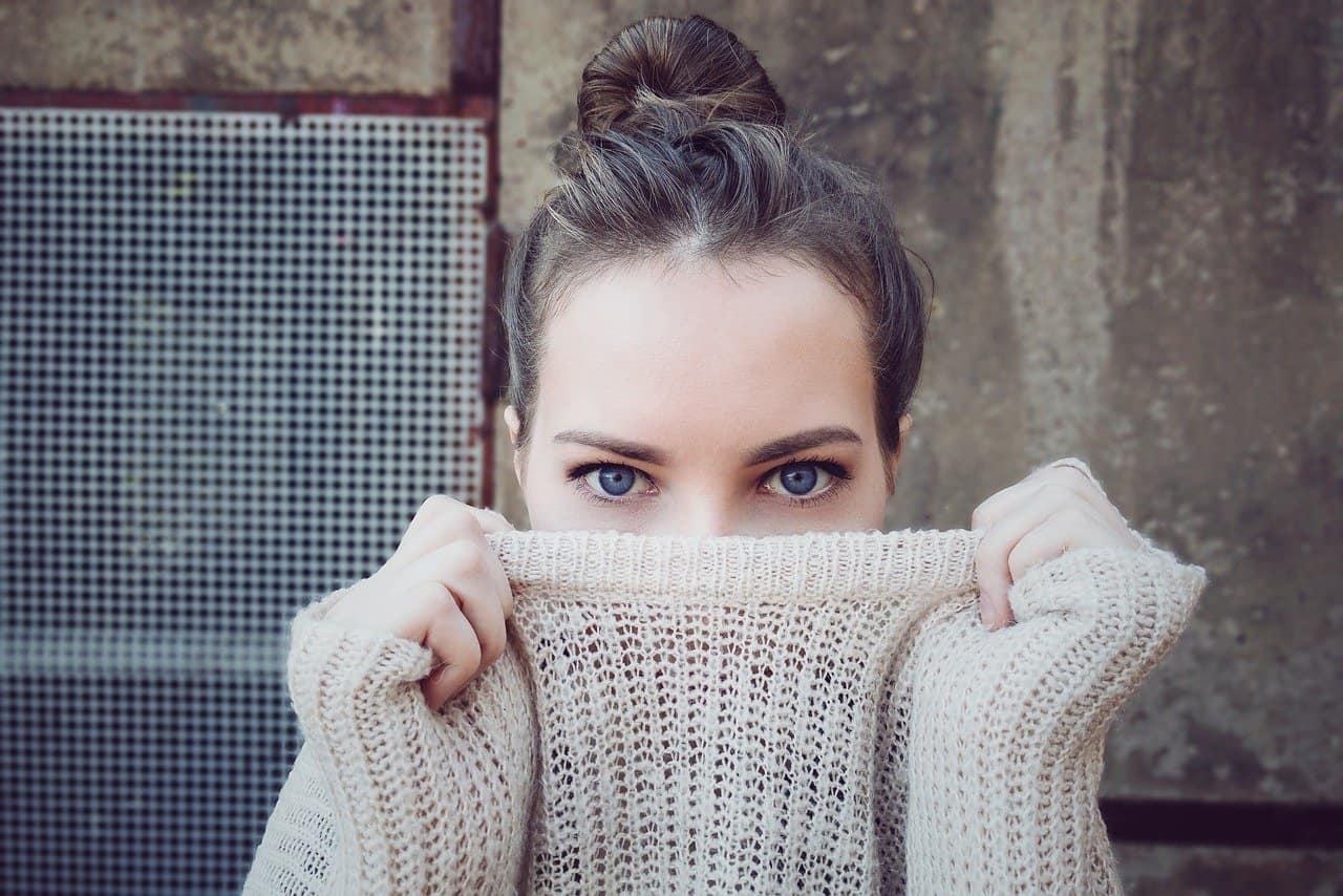 Eliminare i pallini dai maglioni: come fare