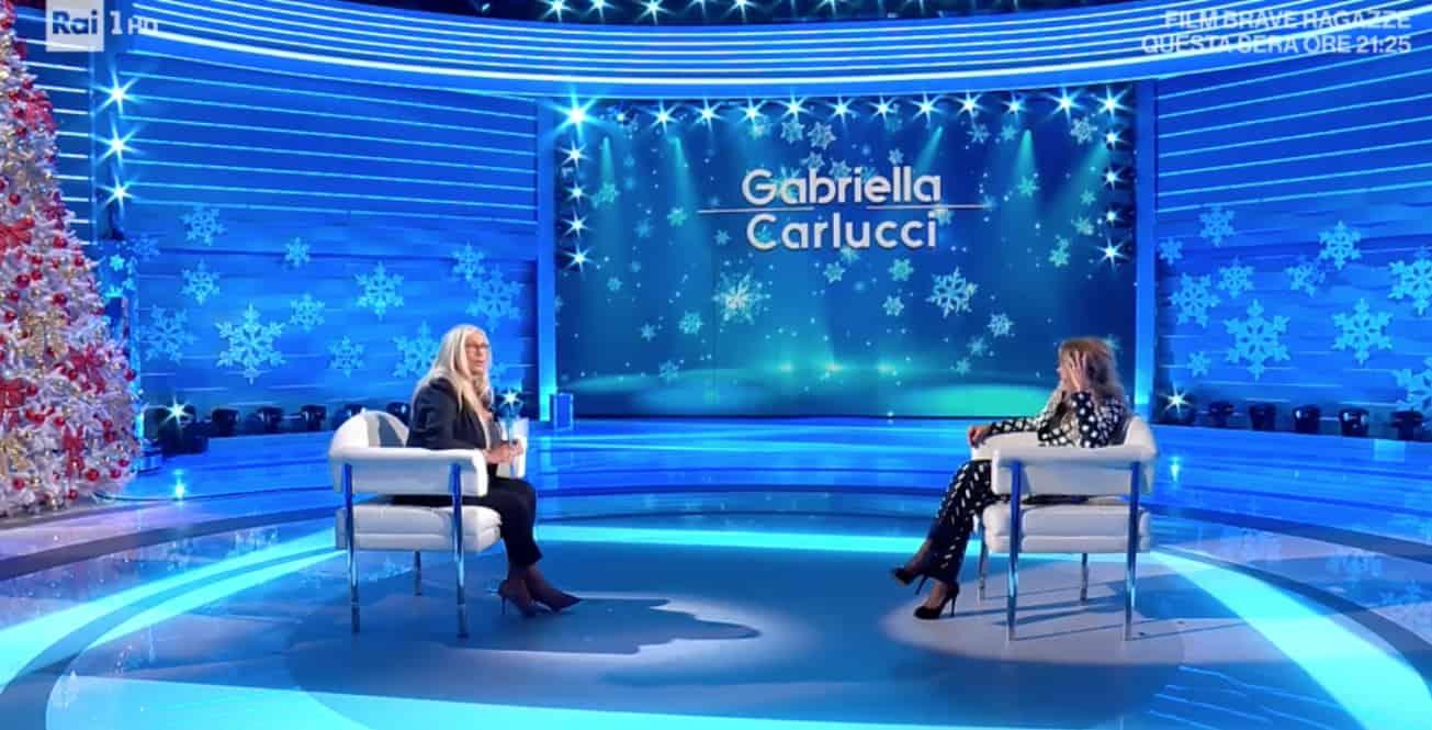 """Mara Venier a Gabriella Carlucci: """"Ma ingrasso solo io?"""" (Foto)"""