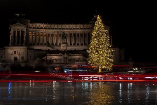 ipotesi restrizioni a Natale