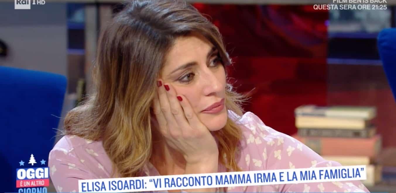 Elisa Isoardi: la sua mamma non le ha mai detto che è bella (Foto)