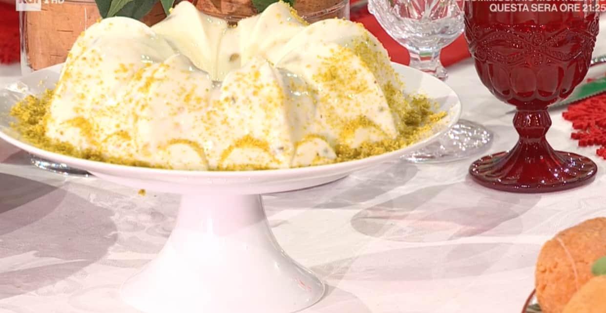 Biancomangiare, la ricetta da E' sempre mezzogiorno con zia Cri e Angela Frenda