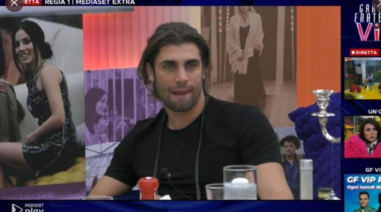 Al GF VIP 5 Mario Ermito dice di aver fatto un video con Lady Gaga ma sui social viene smentito