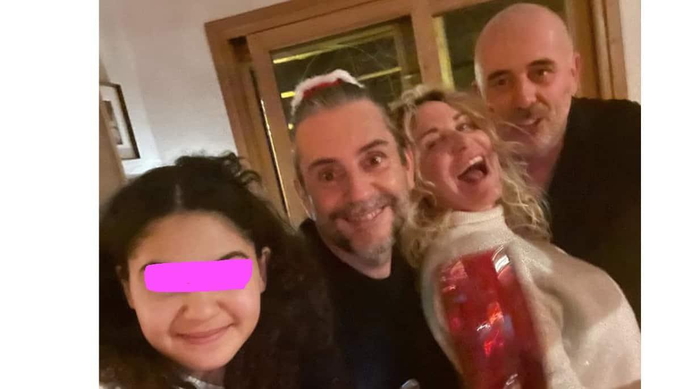 """La vigilia di Capodanno di Antonella Clerici: """"Pochi ma buoni"""" e augura a tutti meno arroganza (Foto)"""
