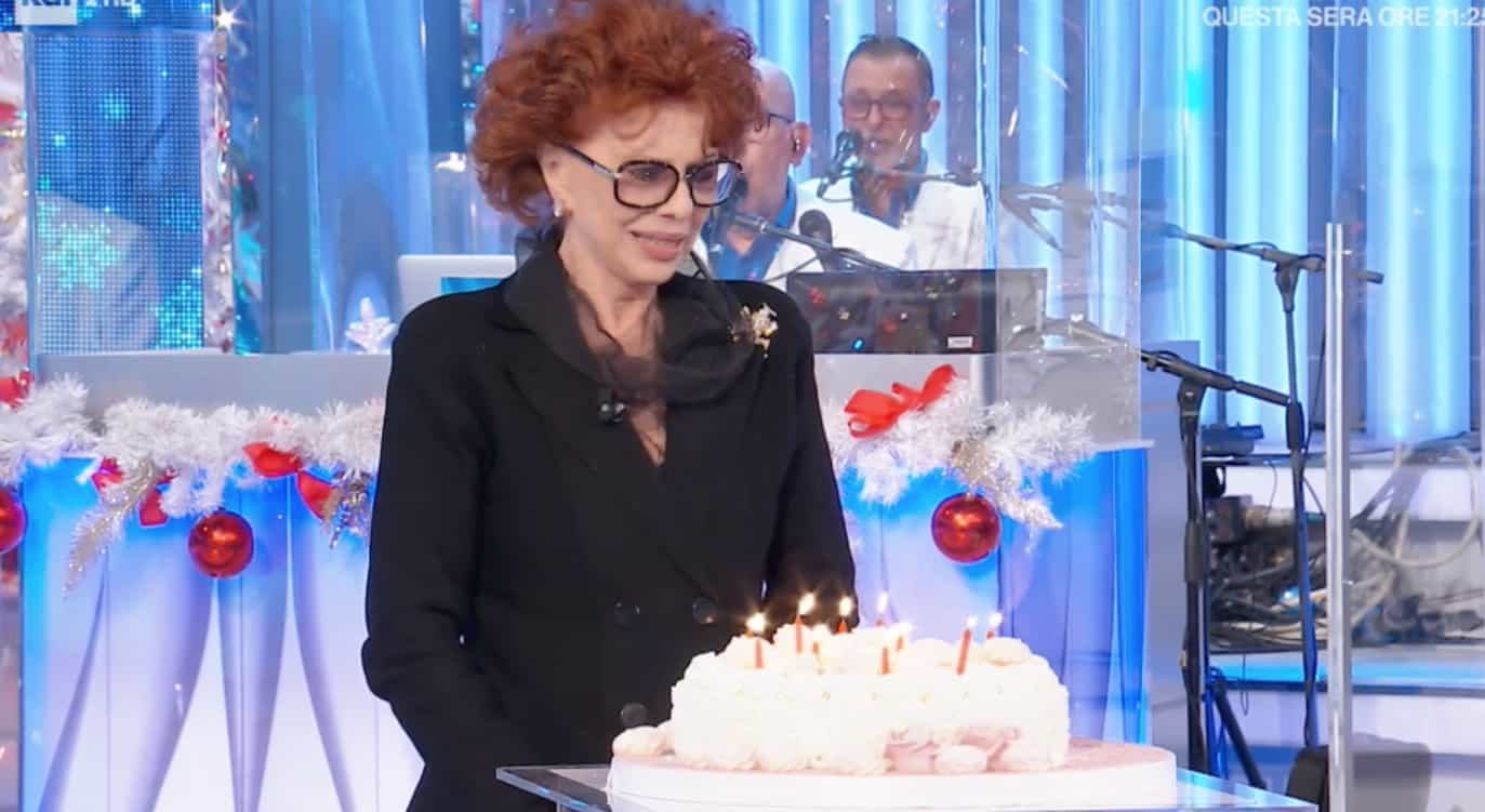 Giovanna Ralli compie 86 anni ma non ha mai avuto una torta e le candeline