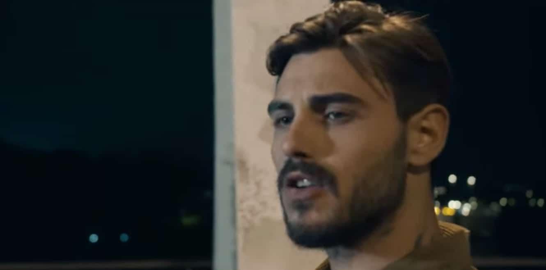 """Francesco Monte a Verissimo confida degli attacchi di panico: """"Li avevo tutti i giorni"""" (Foto)"""
