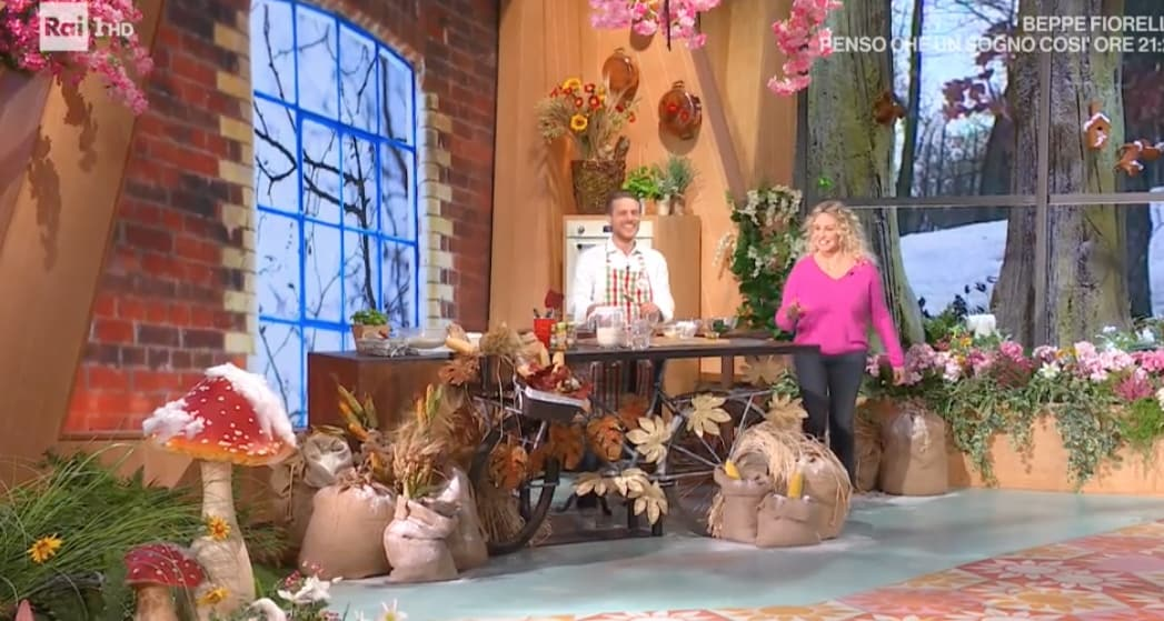 Antonella Clerici, le nuove scarpe per saltare nella cucina di E' sempre mezzogiorno (Foto)