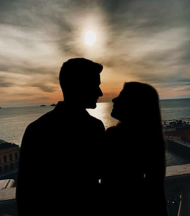 Damiano Carrara mostra il volto della sua fidanzata ma manca un dettaglio importante (Foto)