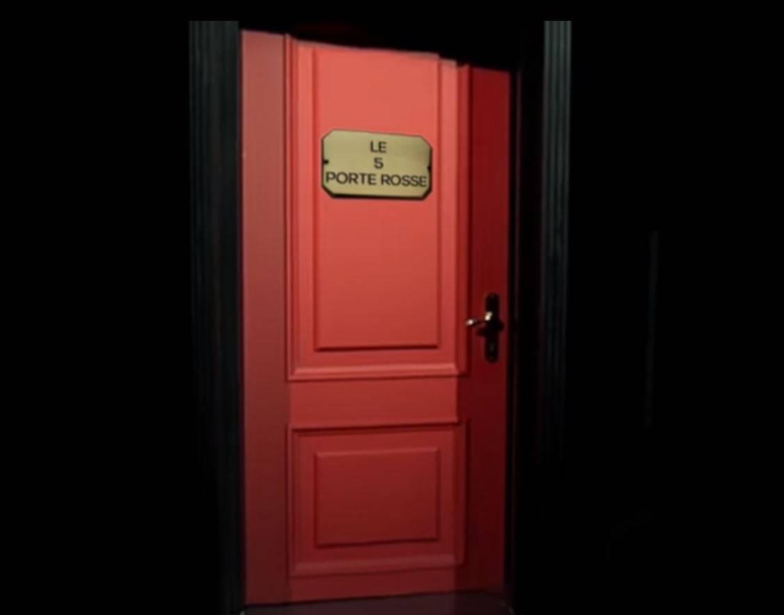 Le 5 porte rosse è il nuovo programma di Maurizio Costanzo confessore degli italiani