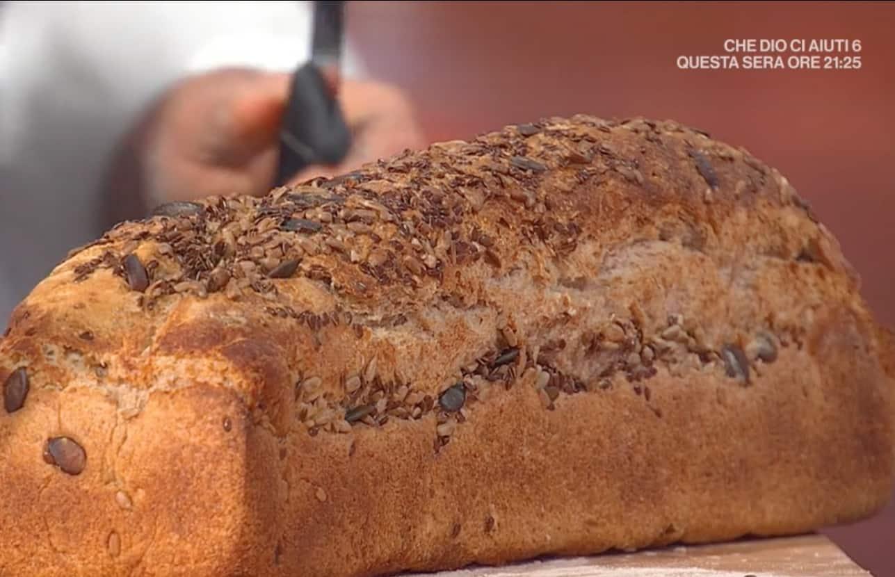 Pane nero ai semi di Fulvio Marino, la ricetta E' sempre mezzogiorno di oggi