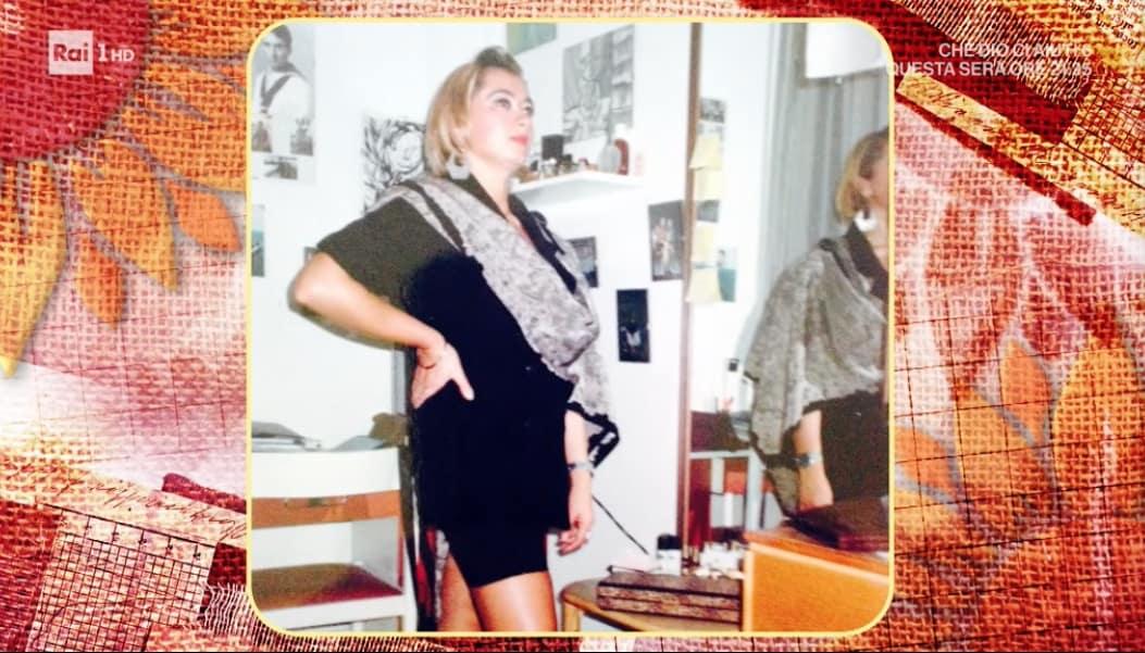 Zia Cri e Daniele Persegani le imbarazzanti foto del passato arrivano nella cucina di Antonella Clerici