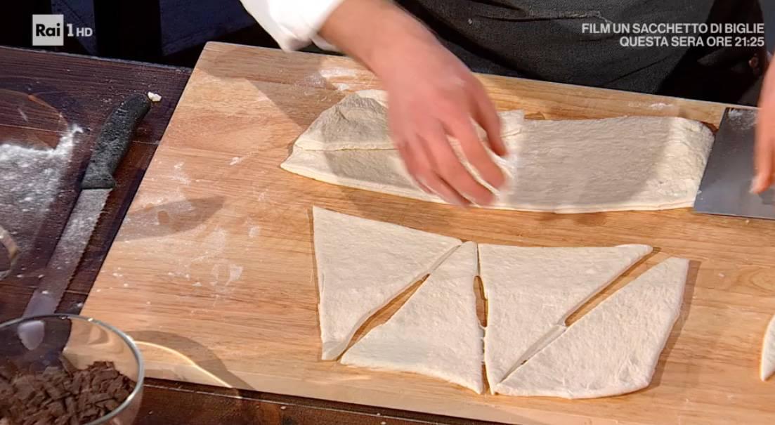 Cornetti di pane di Fulvio Marino, la ricetta E' sempre mezzogiorno di oggi