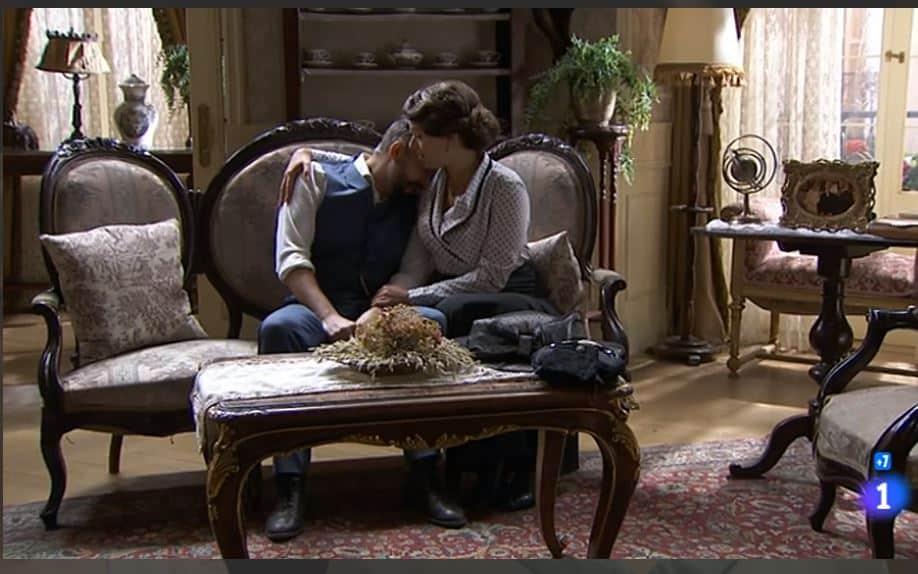 Una vita anticipazioni, si torna domenica: Marcia si scusa con Felipe ma lui si consola con Genoveva
