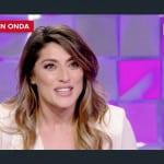 Elisa Isoardi saluta Antonella Clerici e a Verissimo racconta della Prova del cuoco (Foto)
