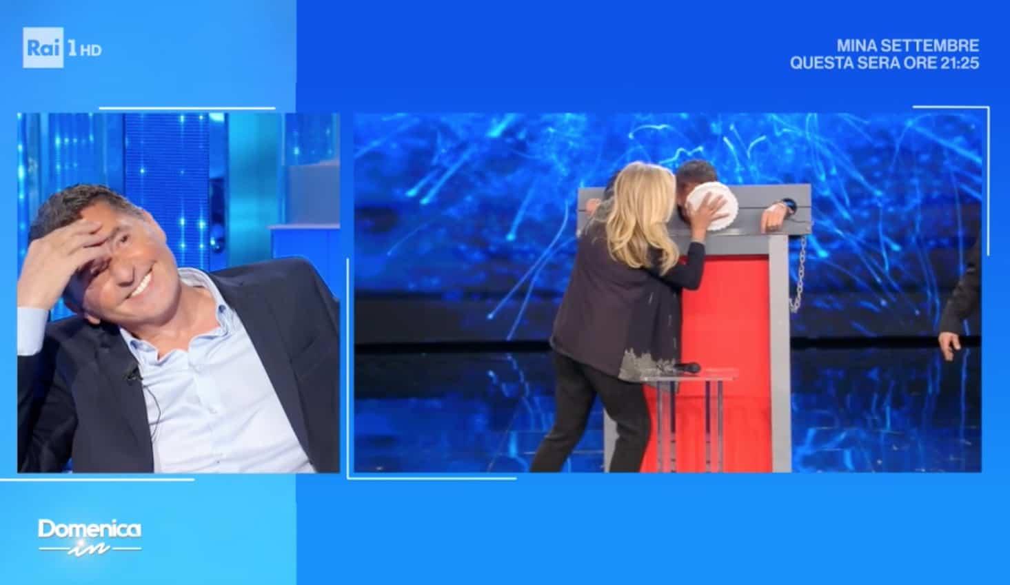Lo scherzo di Teo Mammucari a Tony Renis finisce nel modo più triste (Foto)