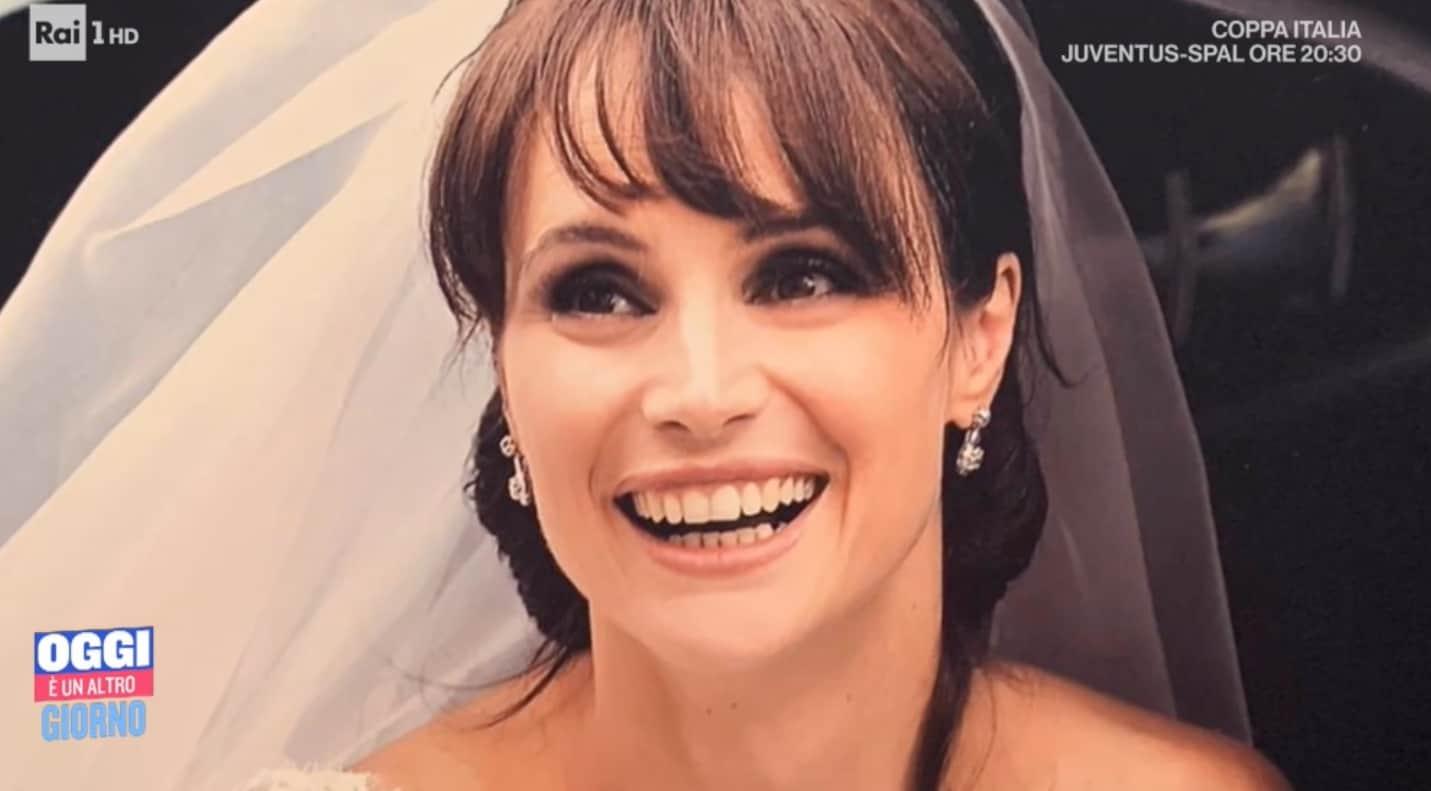 L'album di nozze di Lorena Bianchetti ma il matrimonio non era nei suoi desideri (Foto)