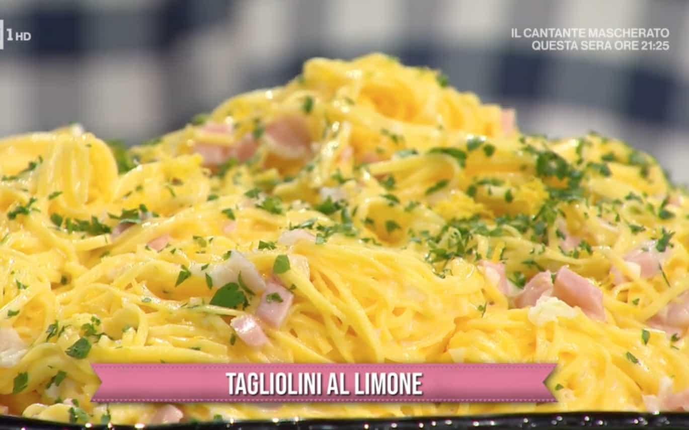 Tagliolini al limone di Zia Cri, le ricette E' sempre mezzogiorno