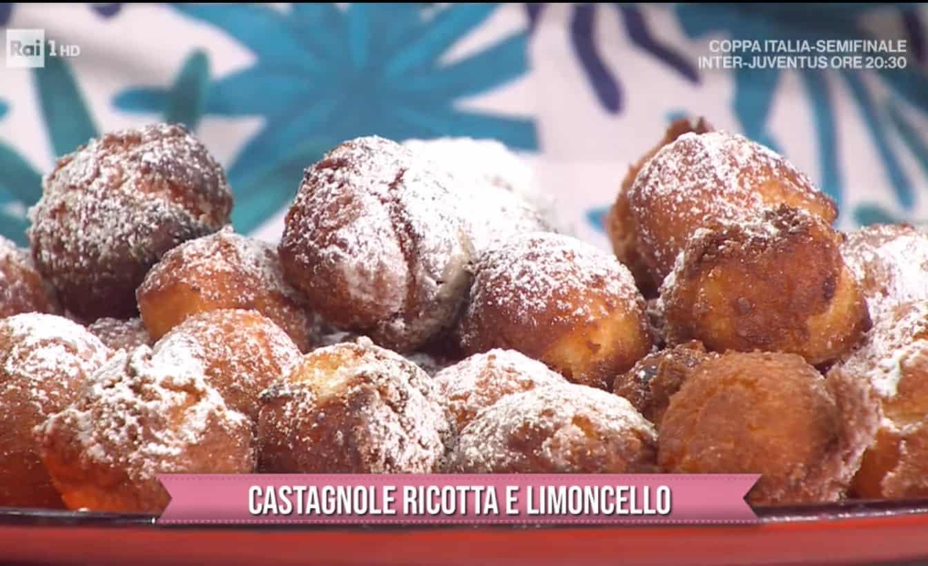 Per Carnevale castagnole ricotta e limoncello, le ricette di Zia Cri