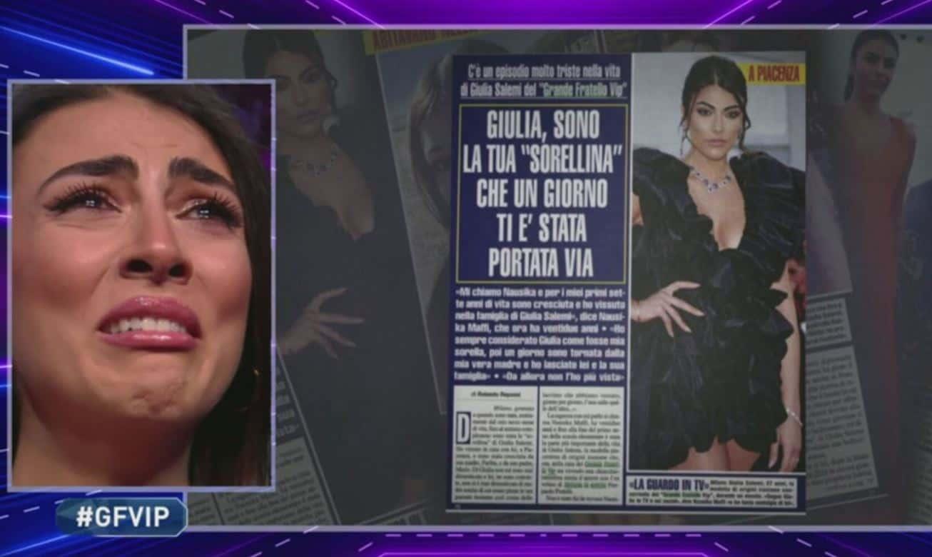 Giulia Salemi legge le parole di sua sorella Nausika che non vede da oltre 15 anni