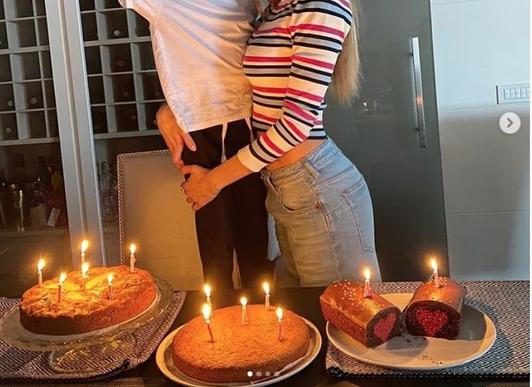 Melissa Satta, la festa di compleanno a casa e lei è bellissima (Foto)