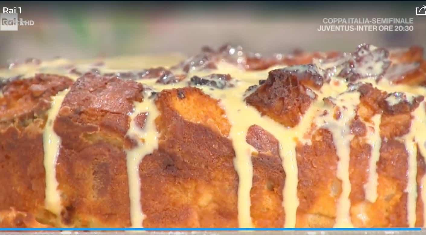 Budino di pane, la ricetta del dolce di Antonella Ricci