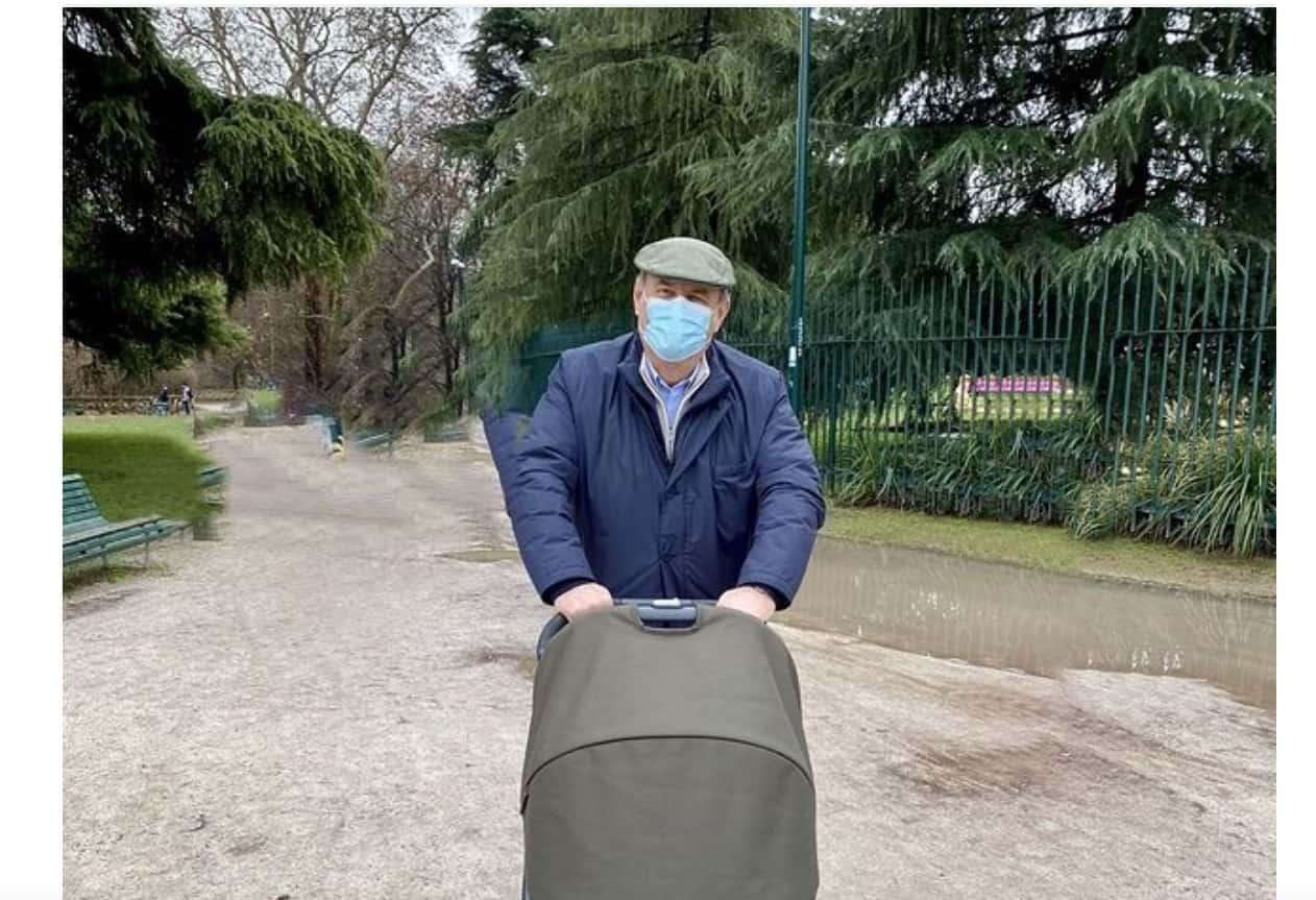 """Gerry Scotti nonno preoccupato per sua nipote: """"Sono apprensivo e invadente"""" (Foto)"""