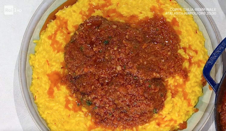 Risotto alla milanese con ossobuchi, la ricetta di Sergio Barzetti
