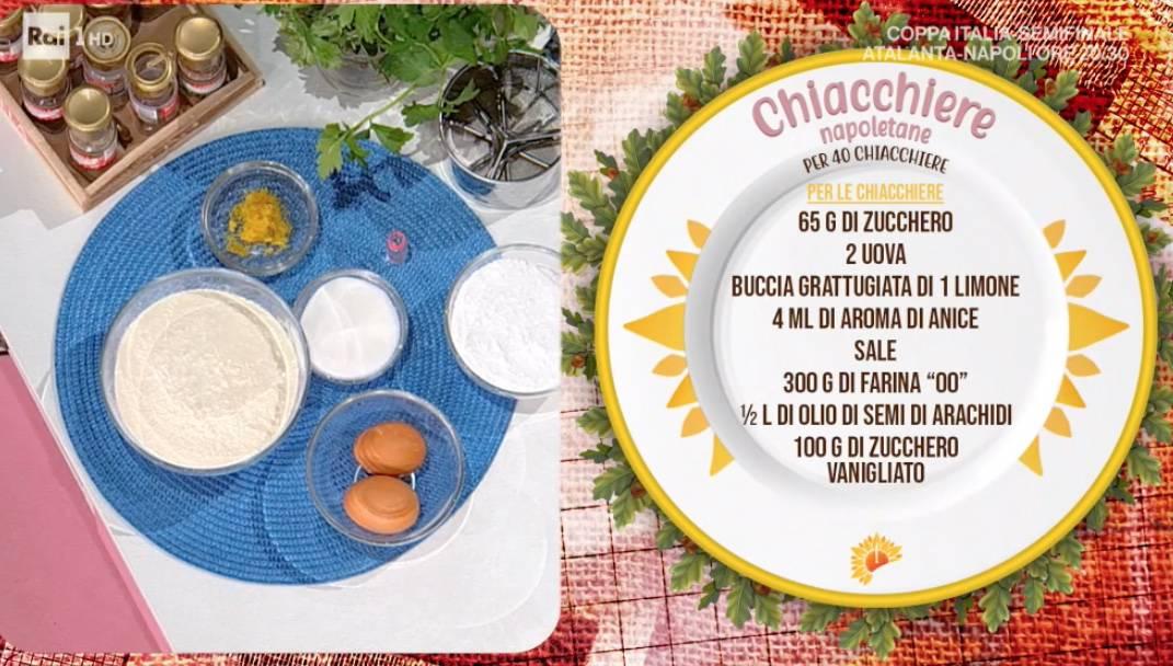 Chiacchiere napoletane con salsa al cioccolato, la ricetta di Mauro Improta
