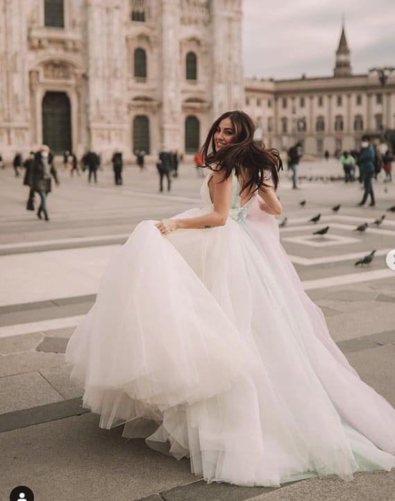Giulia De Lellis festeggia con un abito meraviglioso e poi la cena romantica (Foto)