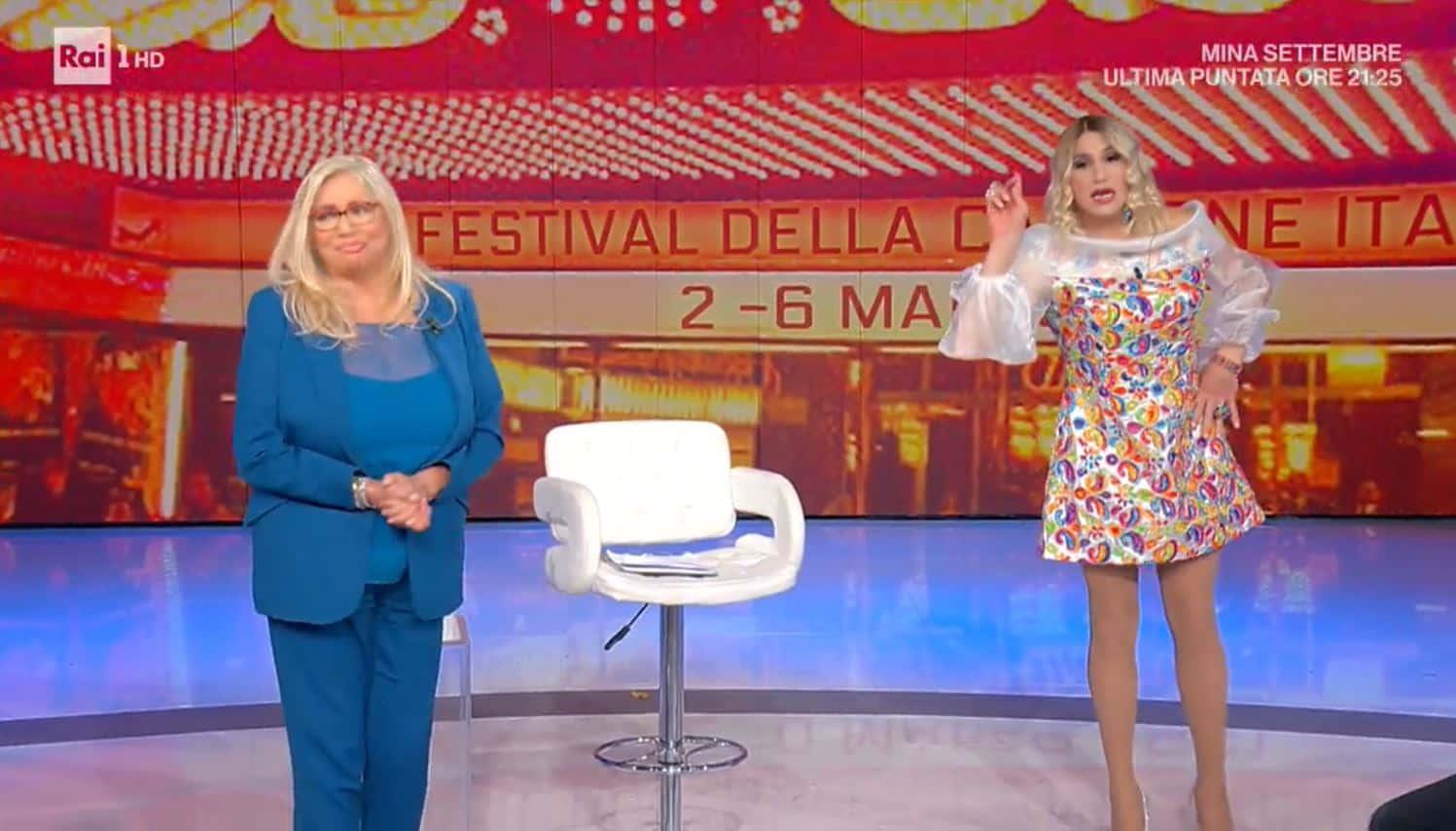 Barbara d'urso arriva su Rai 1 a Domenica In: è show con Vincenzo de Lucia (VIDEO)