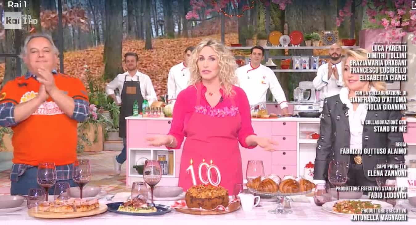 Puntata speciale per Antonella Clerici con Gerry Scotti, si festeggia la numero 100 (Foto)