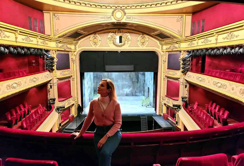 Beatrice Venezi chi è la direttrice d'orchestra co-conduttrice di Amadeus a Sanremo 2021