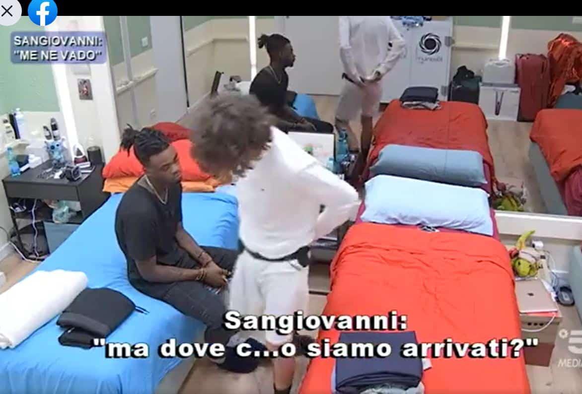 """Ad Amici 20 la sceneggiata di Sangiovanni: """"Me ne vado se faccio il botto qui lo faccio anche fuori"""""""