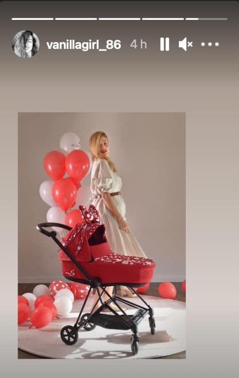 Cristina Chiabotto col pancione sceglie il rosso per sua figlia (Foto)